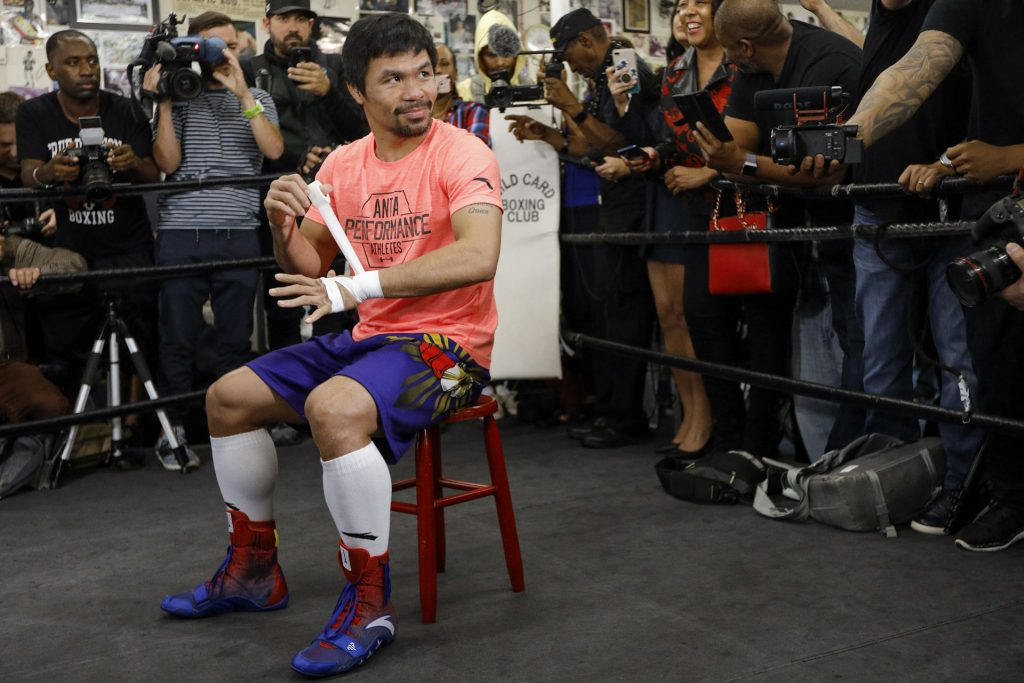 """Trainer Robert Garcia Believes Manny Pacquiao Is """"The Best Ever"""" If He Defeats Terence Crawford"""