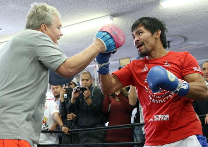"""Freddie Roach Wasn't Initially Interested In Errol Spence Jr. For Pacquiao: """"I Was Leaning Toward Mikey Garcia"""""""